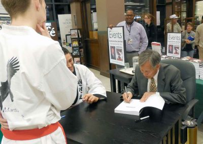 Book signing in September 2013 was Supreme Master Kim's first
